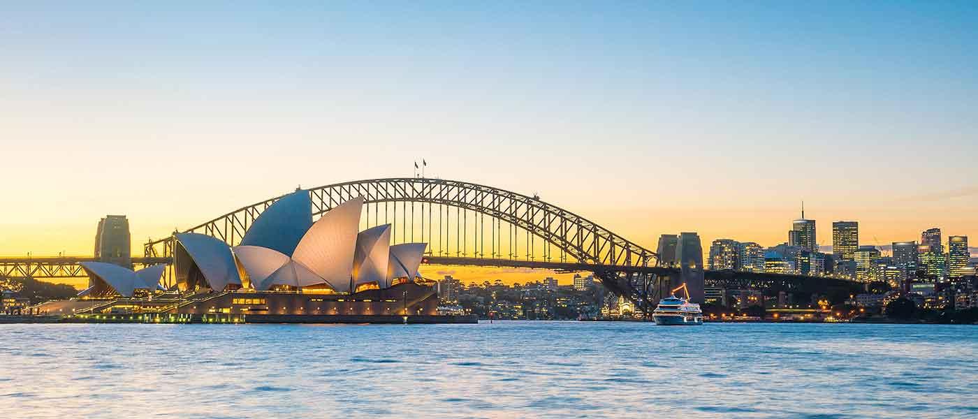 Explore the Wonders of Australia & New Zealand